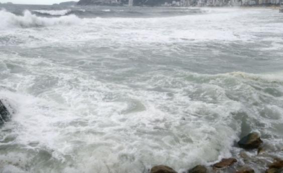 Em meio à seca, Ceará pretende consumir água do mar