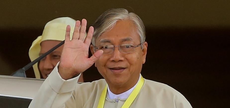 [Mianmar: presidente renuncia ao cargo para ʹdescansarʹ]