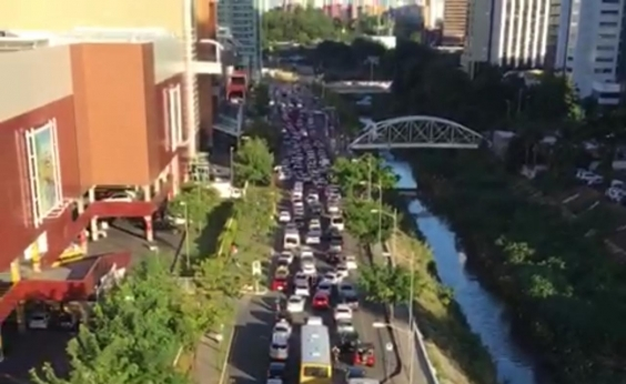 Falta de energia causa caos no trânsito e transportes de Salvador; veja vídeo