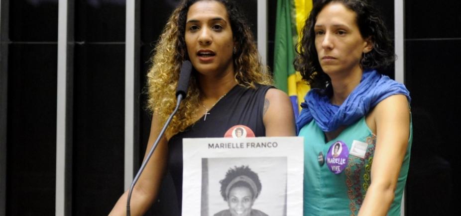 [Viúva e irmã de Marielle Franco participam de sessão solene na Câmara]