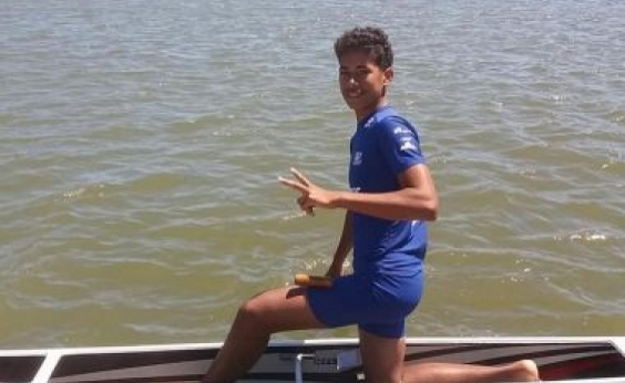 Canoísta baiano de 14 anos morre após parada cardíaca