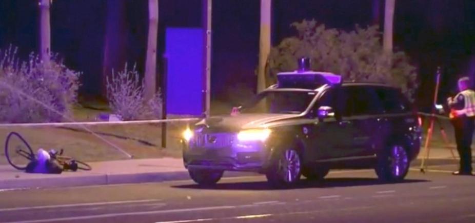 [Vídeo mostra acidente de carro autônomo da Uber com morte]