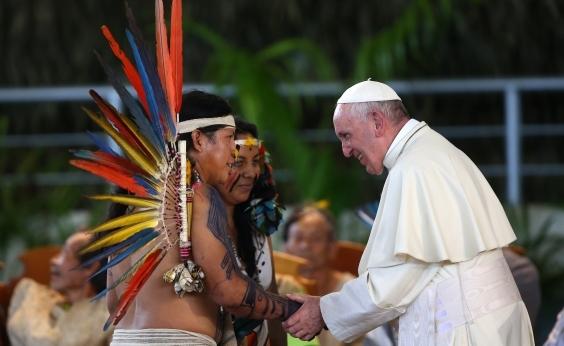 ʹNão tenha medo de tatuagensʹ, diz papa Francisco
