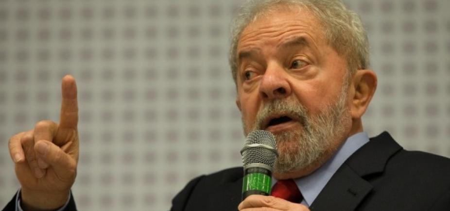 [Lula pede que militantes não se preocupem, mas fiquem ʹem alertaʹ]