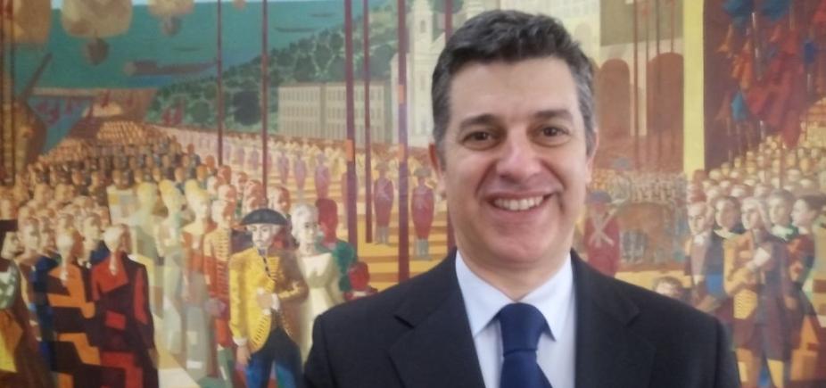 [Ministro português comemora parceria do país com Brasil ]