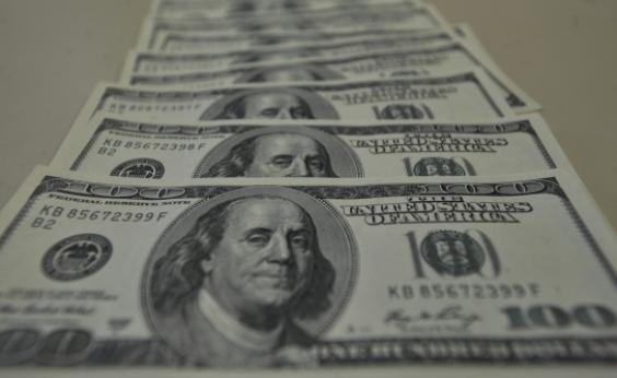 Gastos de brasileiros no exterior chegam a US$ 1,405 bilhão em fevereiro, aponta BC