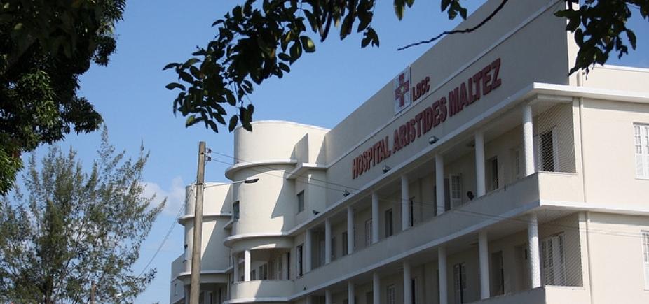 [Hospital Aristides Maltez recebe novo equipamento para radioterapia]