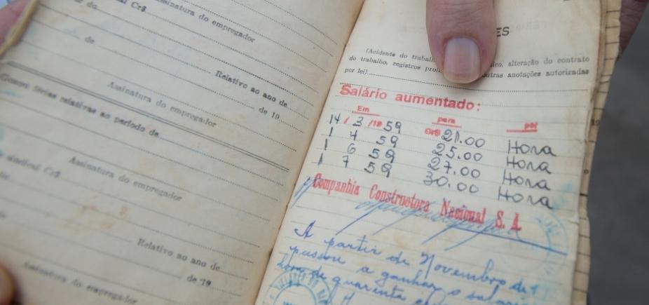 [Brasil cria mais de 61 mil vagas formais de emprego, melhor fevereiro em 4 anos]