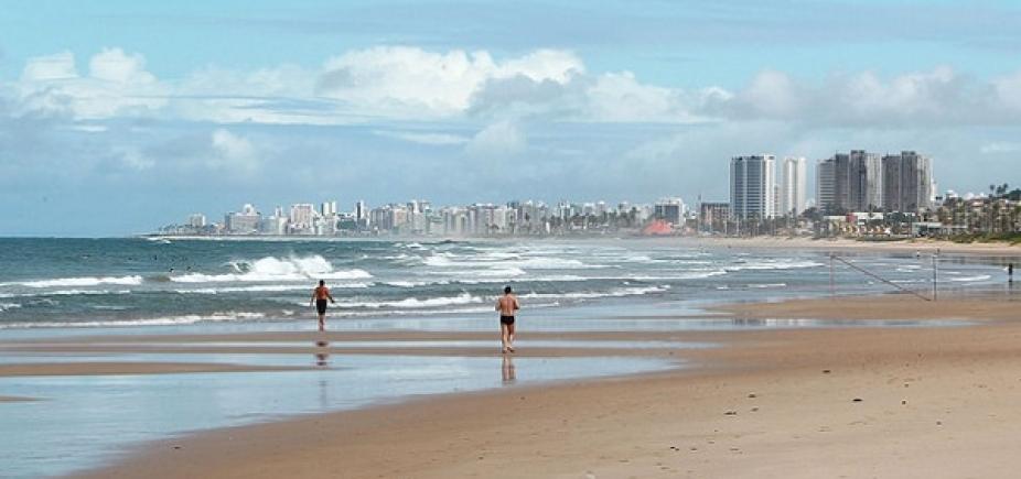 [Inema aponta 14 praias impróprias para banho neste fim de semana; veja lista]