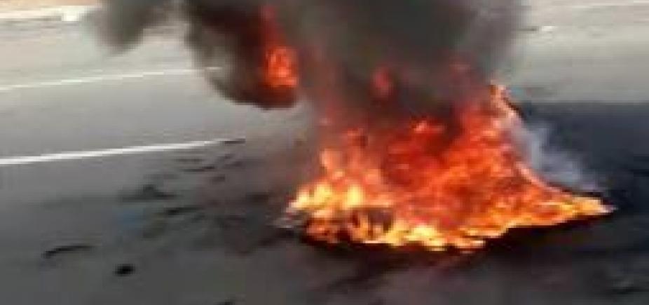[Rodoviários ateiam fogo em objetos durante manifestação na região do Iguatemi; veja]
