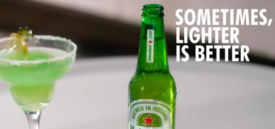 [Cervejaria tira propaganda do ar após acusação de racismo ]