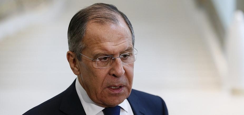 [Rússia expulsa 58 diplomatas e 2 funcionários americanos]