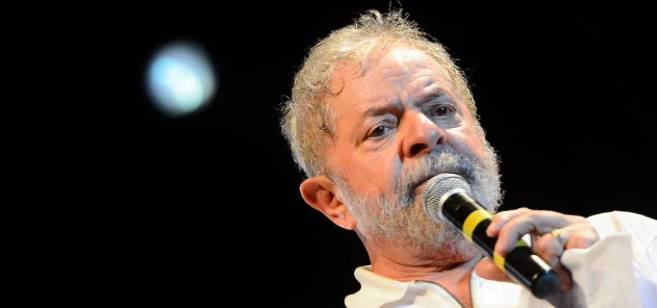 [Mais de 300 juristas assinam abaixo-assinado por prisão de Lula em 2ª instância]