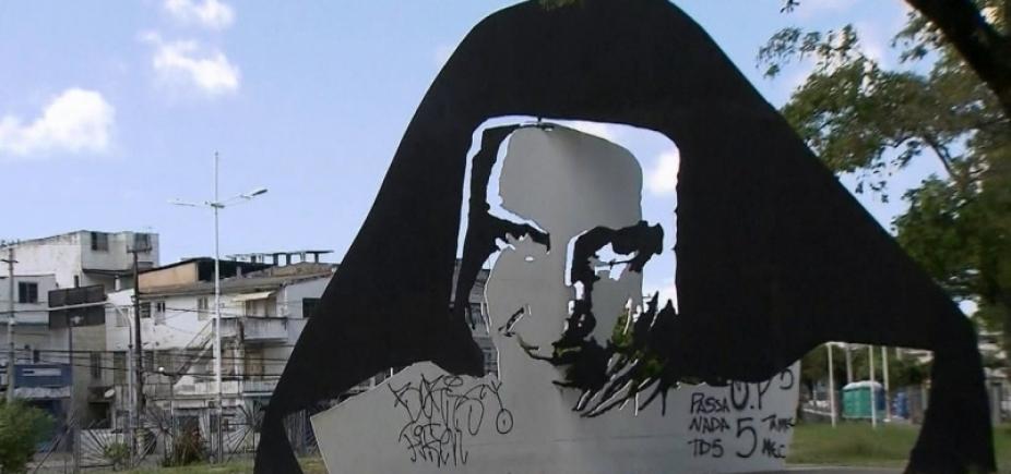 [Monumento a Irmã Dulce, no Largo de Roma, é pichado]