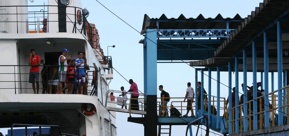 [Volta para Salvador pelo ferry demora até 13h, dizem leitores ]