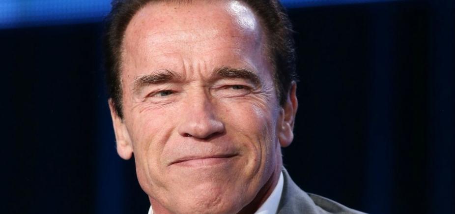 [ʹIʹm backʹ, diz Arnold Schwarzenegger após cirurgia no coração]