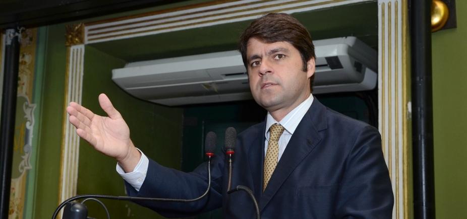[Irmã de Paulo Câmara pede exoneração da Procuradoria-Geral do Estado ]