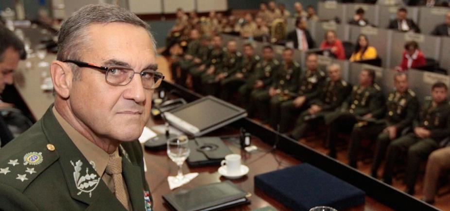 [Exército está 'atento às suas missões institucionais', alerta comandante ]