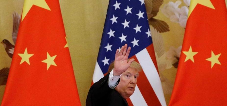 [China anuncia tarifas de 25% para importações dos Estados Unidos]