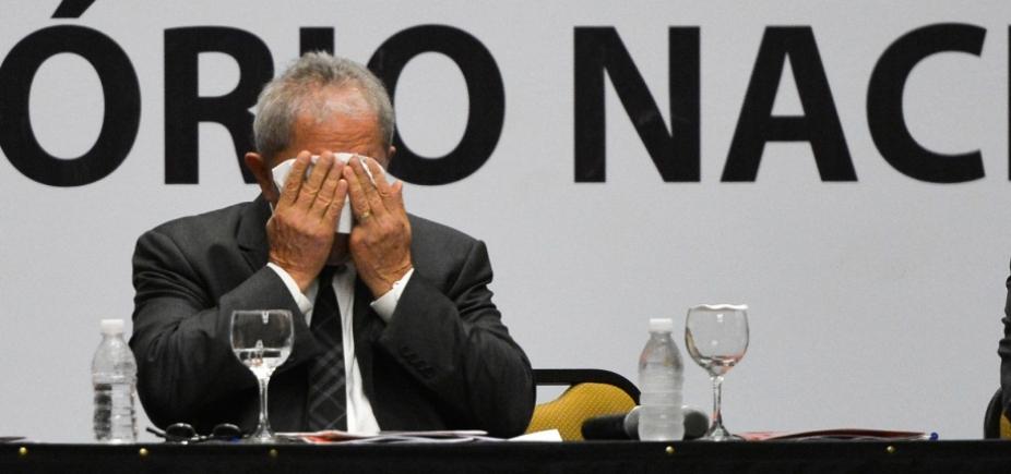 [Planalto aposta em prisão domiciliar de Lula; Congresso fala em acordão com TSE]