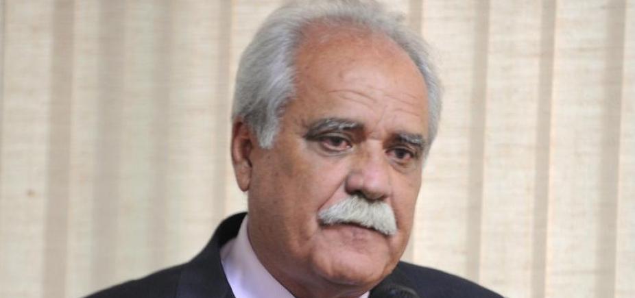 [Ex-ministro assume MDB baiano e é pré-candidato ao governo]