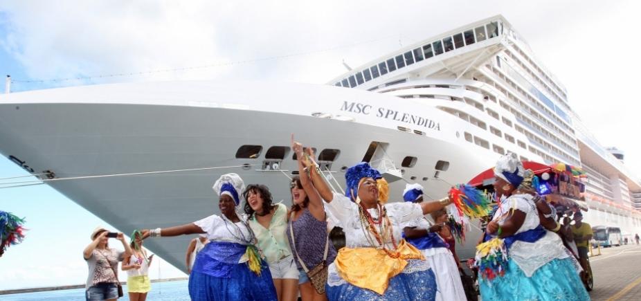 [Navios com 7,5 mil turistas vão desembarcar em Salvador na próxima semana]