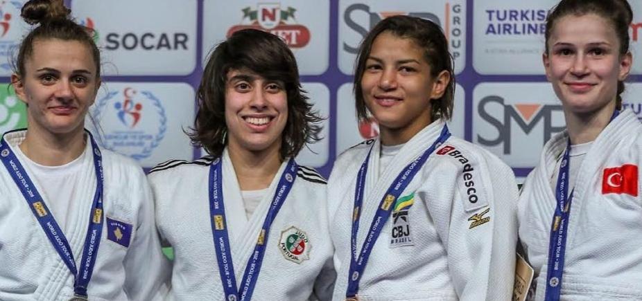 [Sarah Menezes conquista segunda medalha de bronze consecutiva]