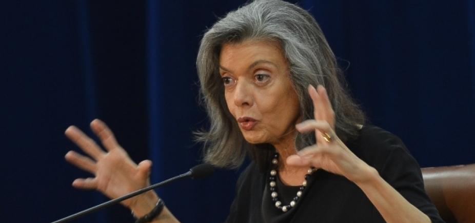 [Cármen Lúcia mantém com Fachin relatoria de pedido de Lula para tentar evitar prisão]