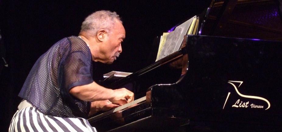 [Pianista e expoente do free jazz, Cecil Taylor morre aos 89 anos]