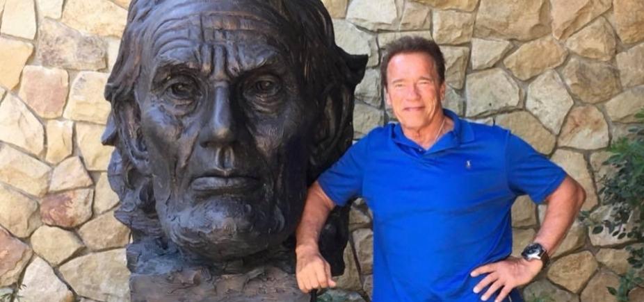 [Após cirurgia no coração, Schwarzenegger recebe alta]