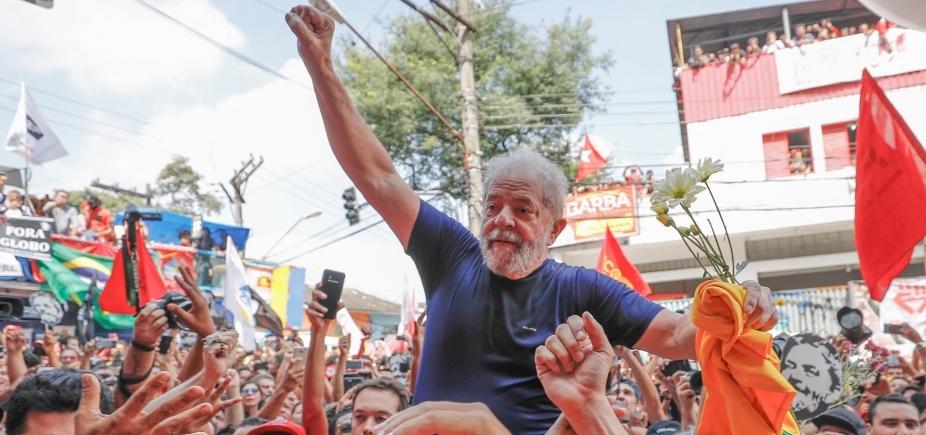 [Amigos temem que Lula entre em depressão ]