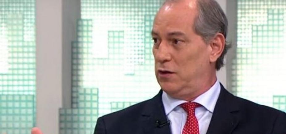 [Ciro Gomes aposta que PT correrá para seus braços para evitar fiasco eleitoral ]