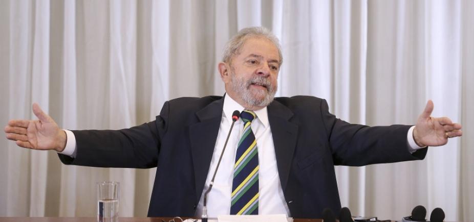 [STF recebe ações para cassar decisão de Fachin contra Lula]