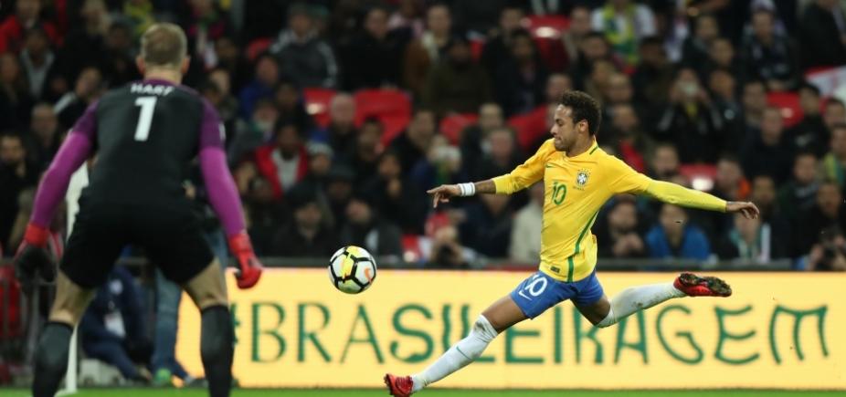[Neymar estima retorno aos gramados em um mês]