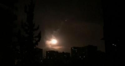 Defesa síria contra-atacou a ofensiva dos EUA, afirma emissora estatal síria