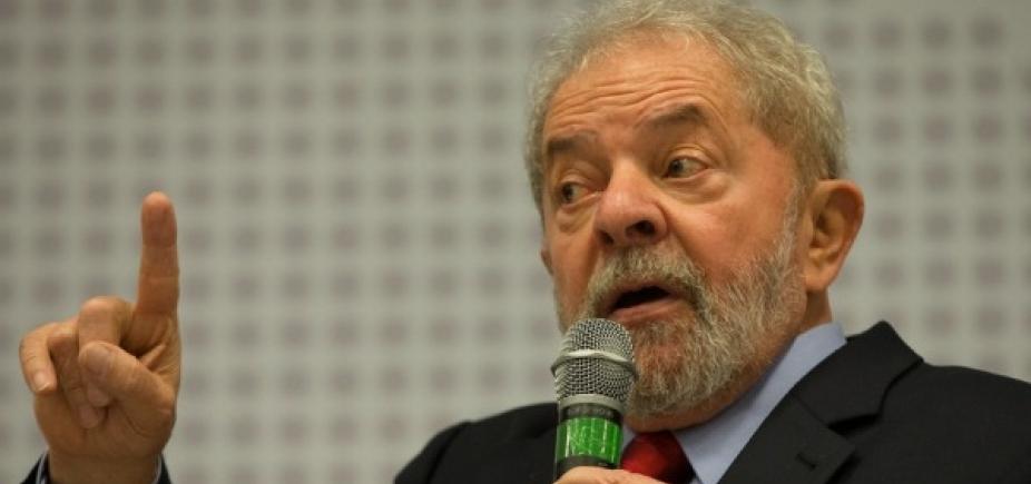 [Lula lê Harper Lee na prisão, diz coluna]