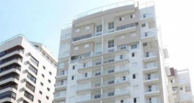 MTST invade tríplex atribuído a Lula no Guarujá