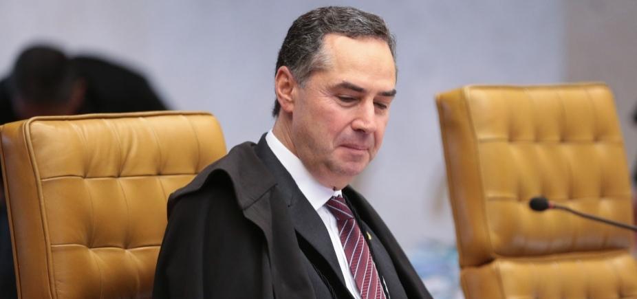[Barroso diz que juízes estão do lado certo da história]