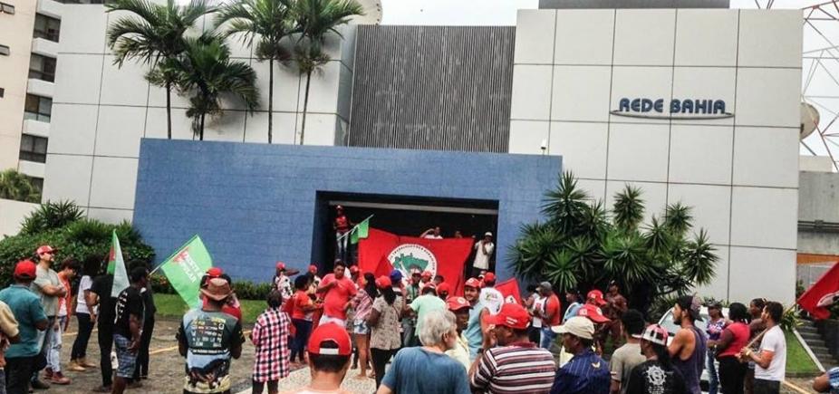 ['Ocuparemos por tempo indeterminado', diz dirigente do MST sobre invasão à Rede Bahia ]