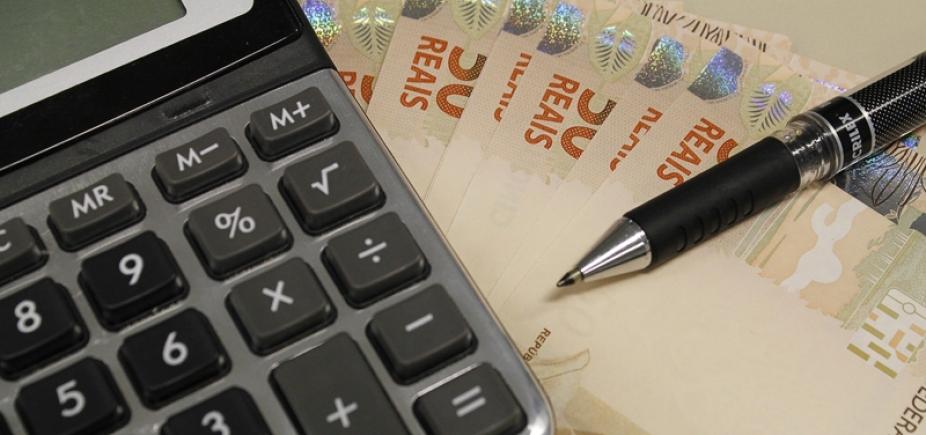 [Quatro bancos detêm 78% do mercado de crédito e 76% dos depósitos]