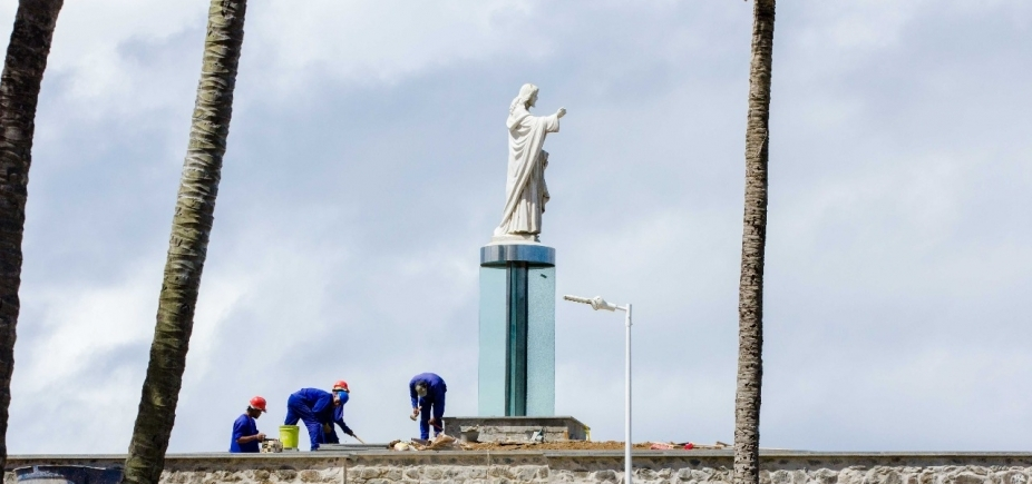 ['Falta bom senso', diz Amabarra sobre nova base do Cristo da Barra ]