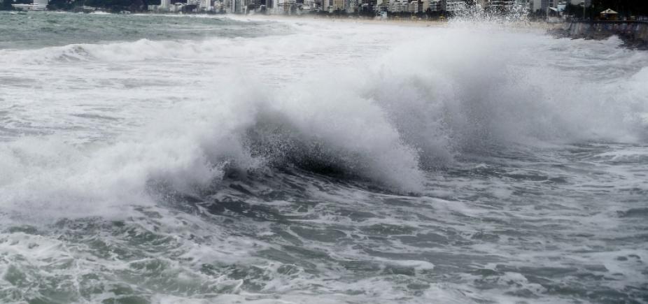 [Bahia pode ter ondas de até 3,5 metros por causa do mau tempo, alerta Marinha]