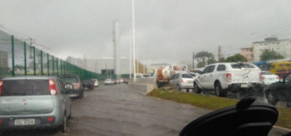 [Defesa Civil registra 110 ocorrências devido às chuvas em Salvador]