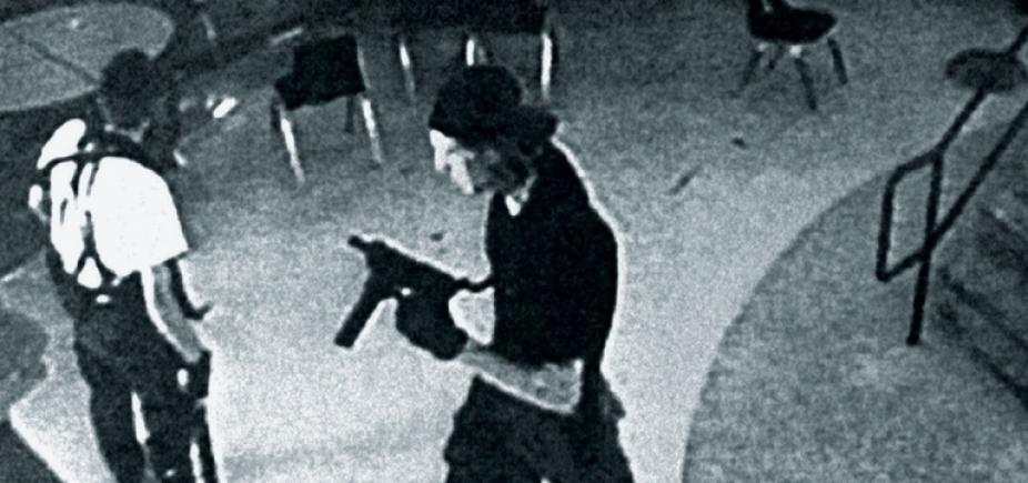 [Ataques a tiros em escolas nos EUA explodiram em 20 anos, aponta estudo]