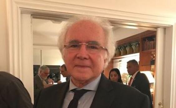 Jurista Joaquim Falcão é eleito para a Academia Brasileira de Letras