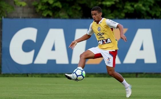 Bahia acerta compra de Marco Antônio; contrato é renovado por três anos