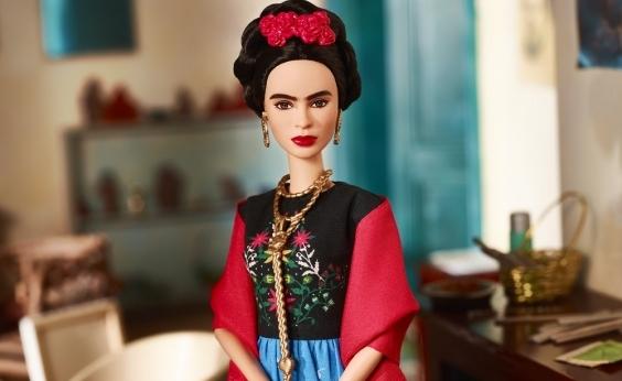 Juiz proíbe venda de Barbie Frida Kahlo no México