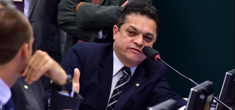 [Deputado preso faz parte de comissão que ajusta novo Código de Processo Penal]