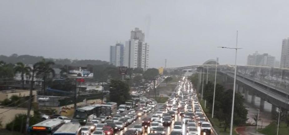 [Salvador tem dia mais chuvoso do mês de abril]