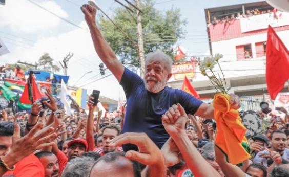 PT é aconselhado a tirar Lula da mira de holofotes, diz coluna